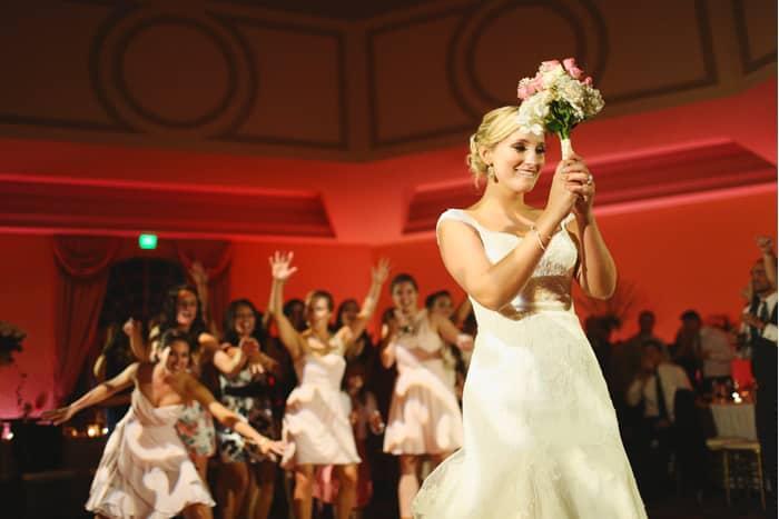 orlando wedding dj - our dj rocks - orlando wedding uplighting - bouquet toss
