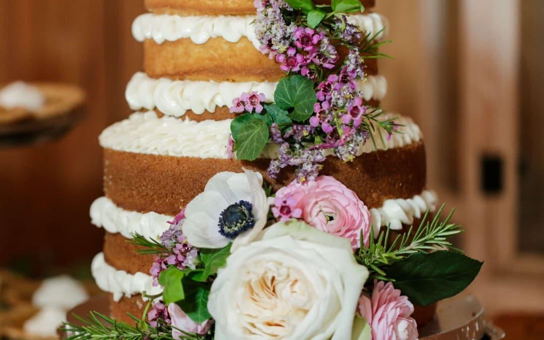 5 sweetest cake cutting songs wedding music inspiration