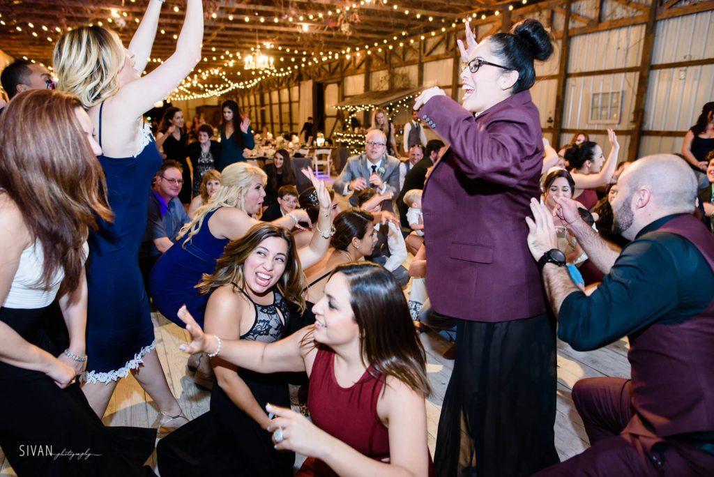 3M Ranch wedding reception dancing guests