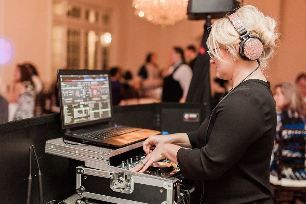 experienced orlando wedding dj at Luxmore Grande Estate wedding Kristin from Our DJ Rocks