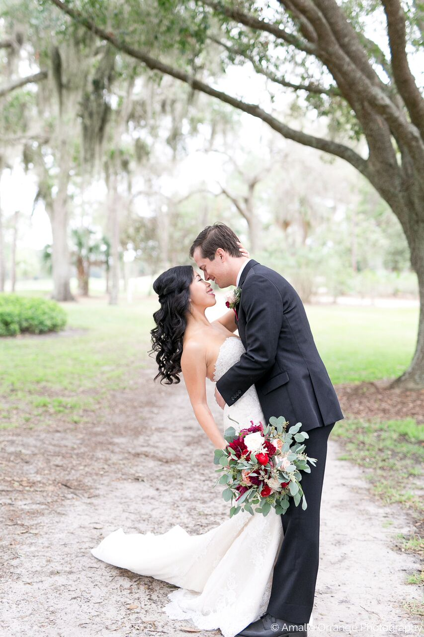 Orlando wedding at Mission Inn Resort bride and groom photos outdoors