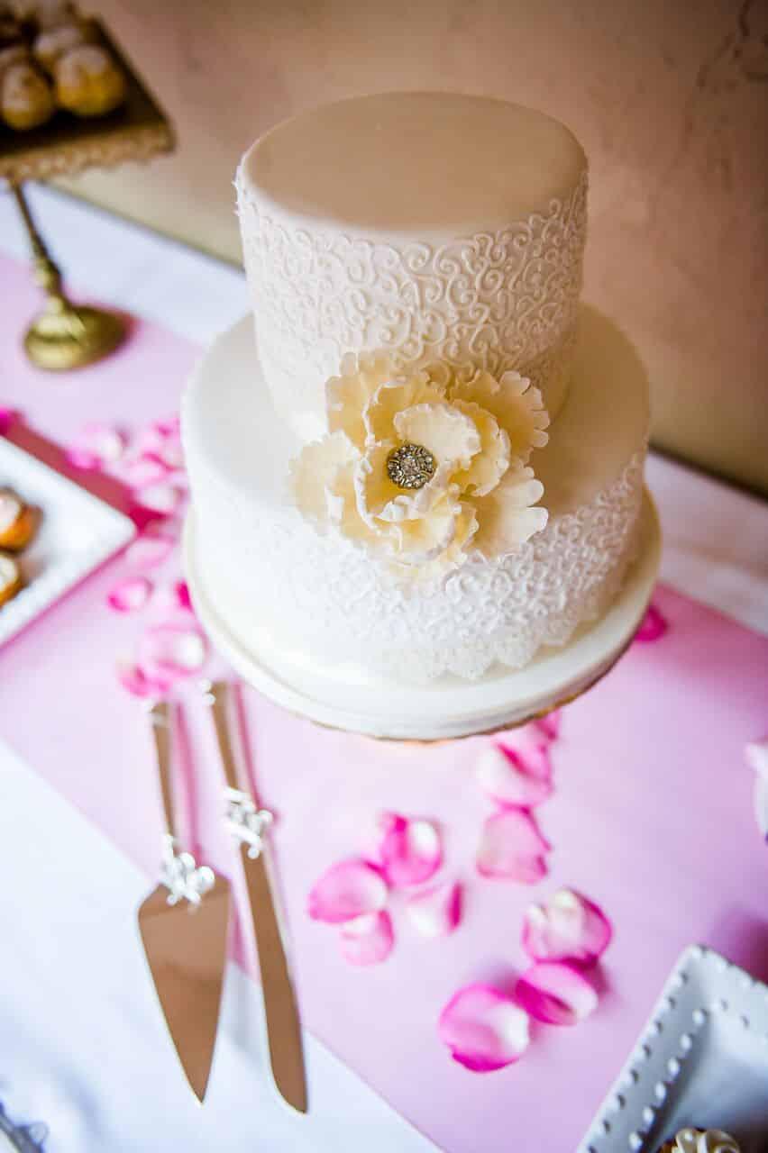 Orlando Wedding DJ Services at Mission Inn Resort wedding cake