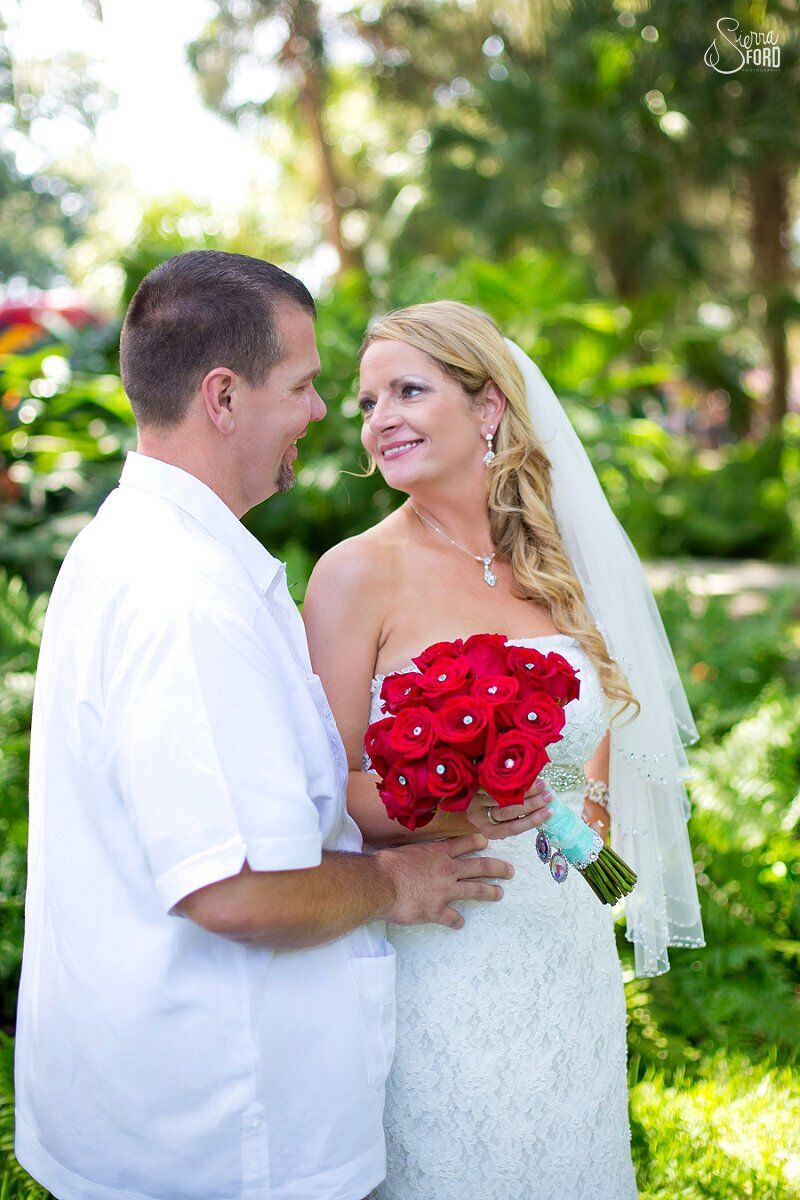 wedding dj service at Tavares Pavilion on the Lake wedding bride and groom photos