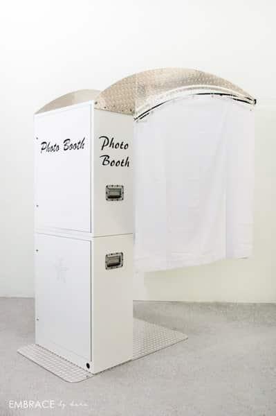 White Printz Style Booth