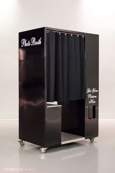 Black Classic Booth Style