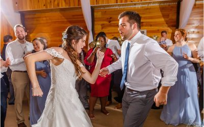How to Make a Wedding Playlist that ROCKS