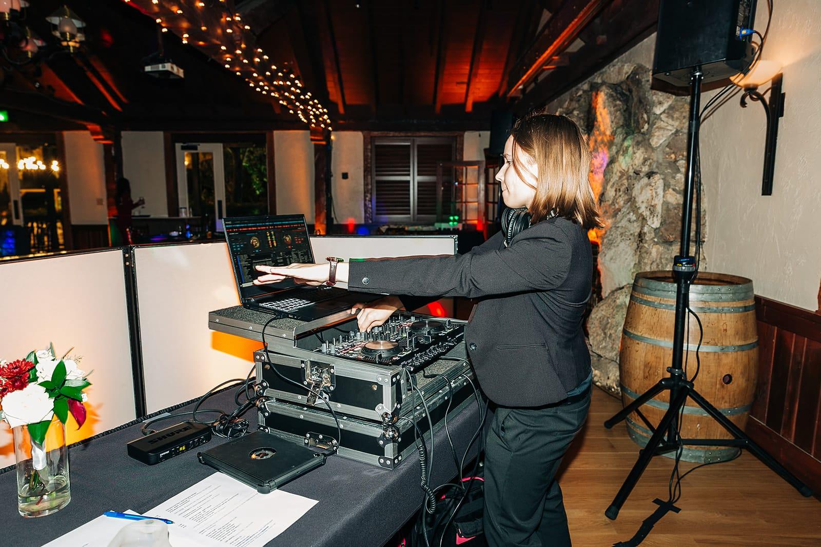 DJ Stasia - DJs Who Rock
